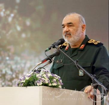 فرمانده سپاه پاسداران: تصمیمات خوبی برای مناطق حاشیه ای اهواز گرفته خواهد شد