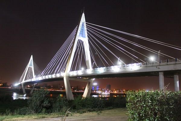 عکس پل کابلی جدید اهواز
